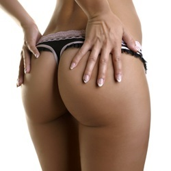 buttocks_implants